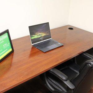 FreshySites office desk in Alexandria